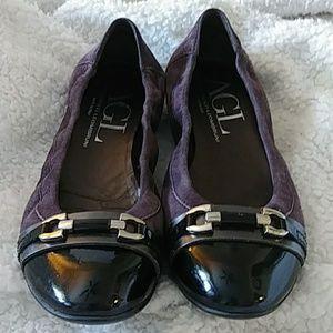 AGL FLATS black patent leather toe purple leather